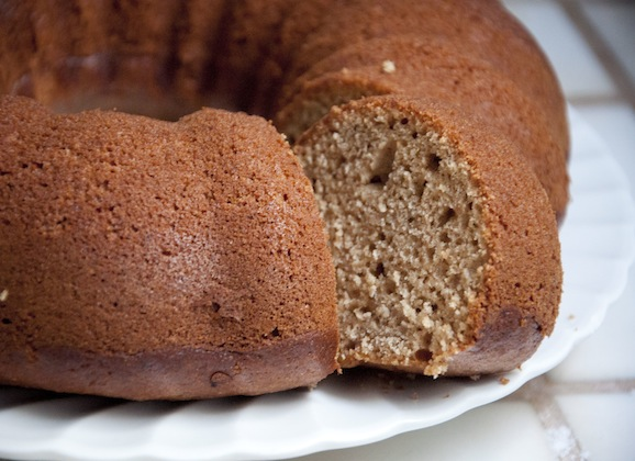 Low Fat Zucchini-Applesauce Cake